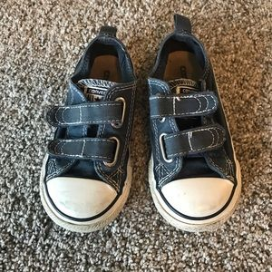 Size 8 toddler converse